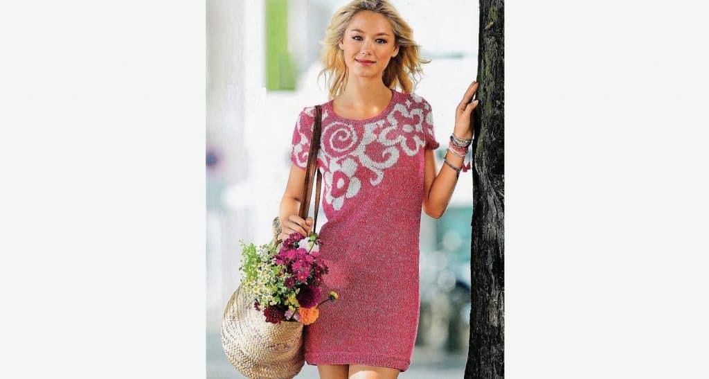 Мини -платье с цветами