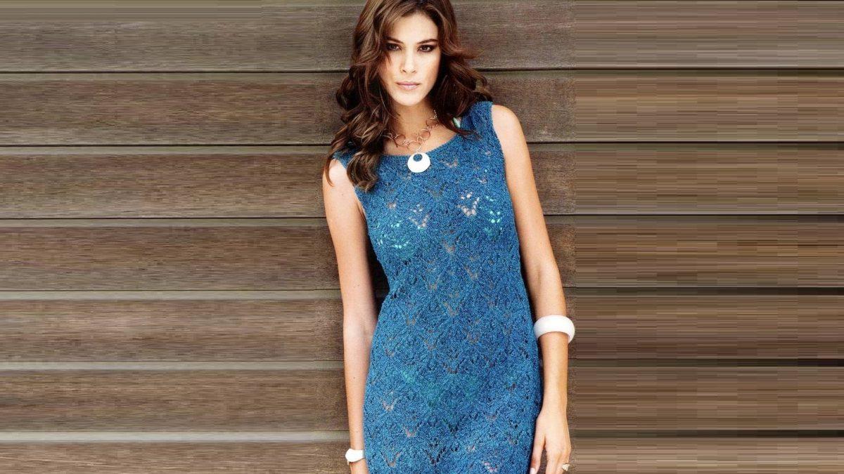 Вязаное ажурное платье