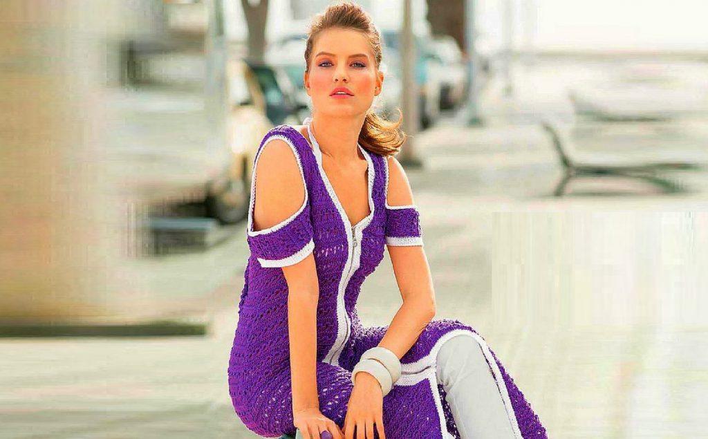 Экстравагантное платье вязаное спицами