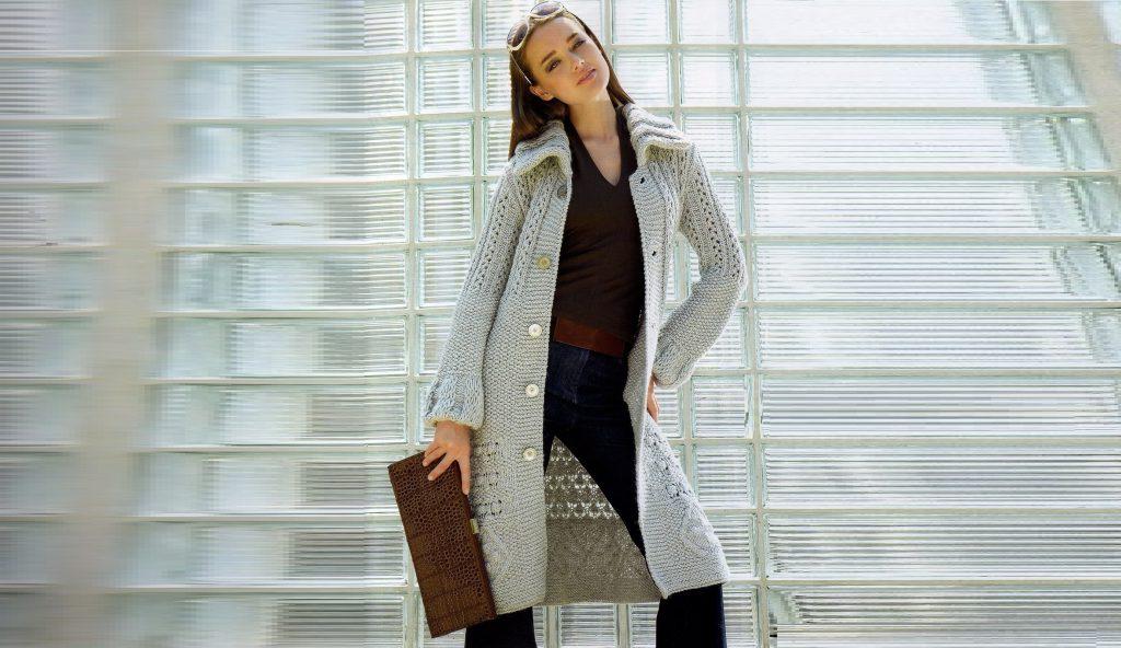 Пальто с фантазийными узорами