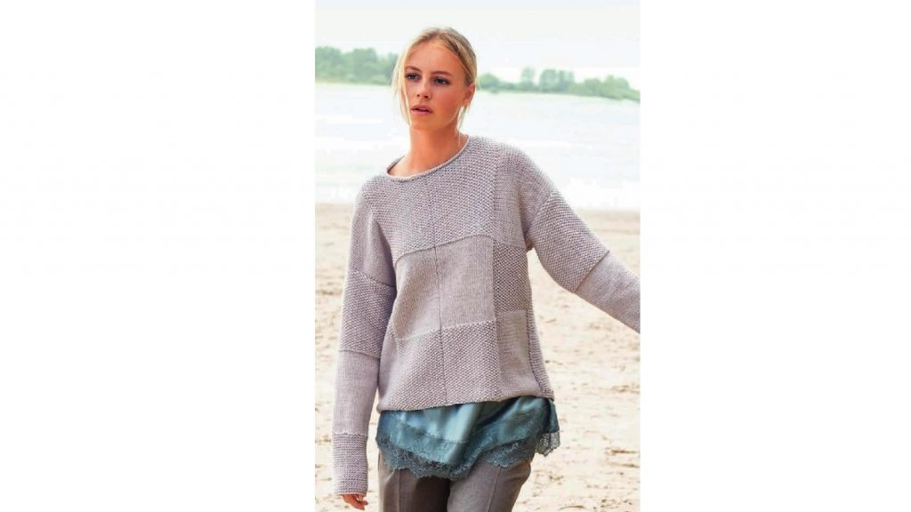 Пуловер с большими квадратами