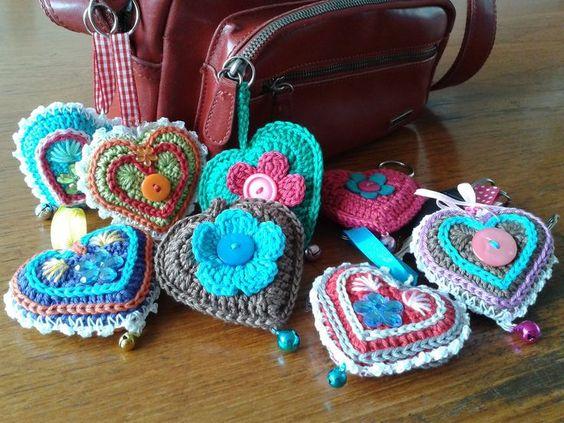 Подборка схем вязания красивых сердечек крючком. Часть 1.