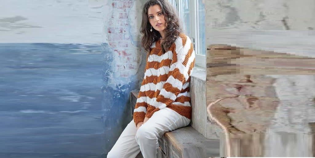 Пуловер с полупатентным узором