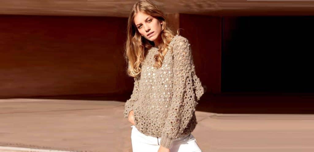 Мохеровый пуловер