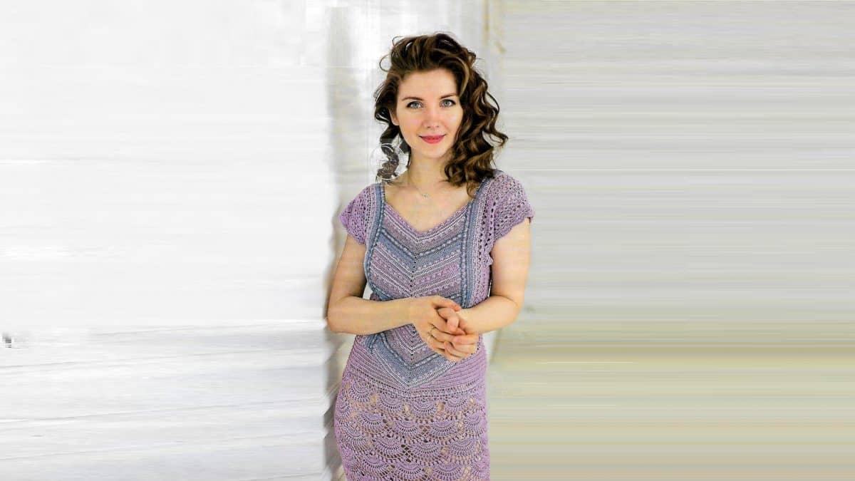 Сиреневое платье с бисером