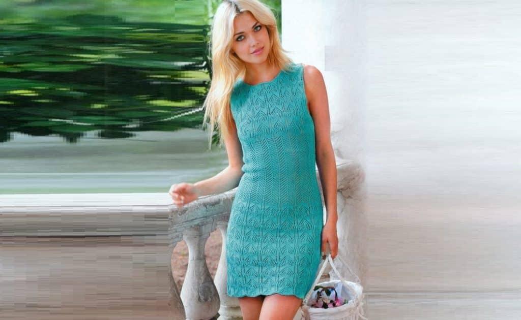 Мини – платье спицами