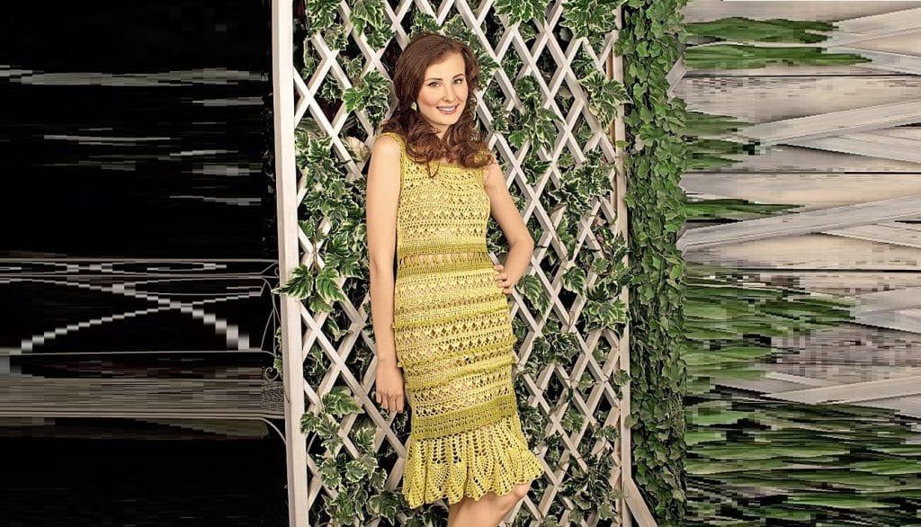 Двухцветное летнее платье в желто-зеленых тонах.